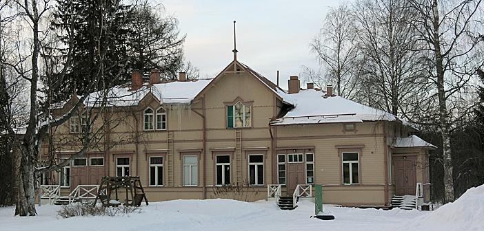 Särkyneiden majatalo 24.–30.6.2019 Liperissä